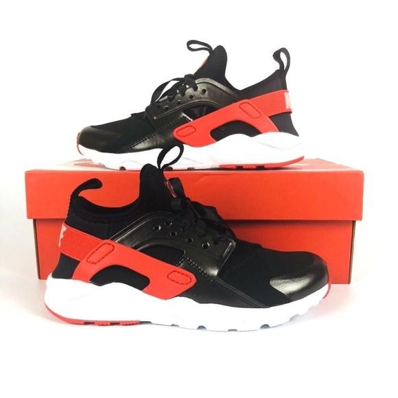 brand new b52a6 83cf2 Nike Huarache Run Ultra QS